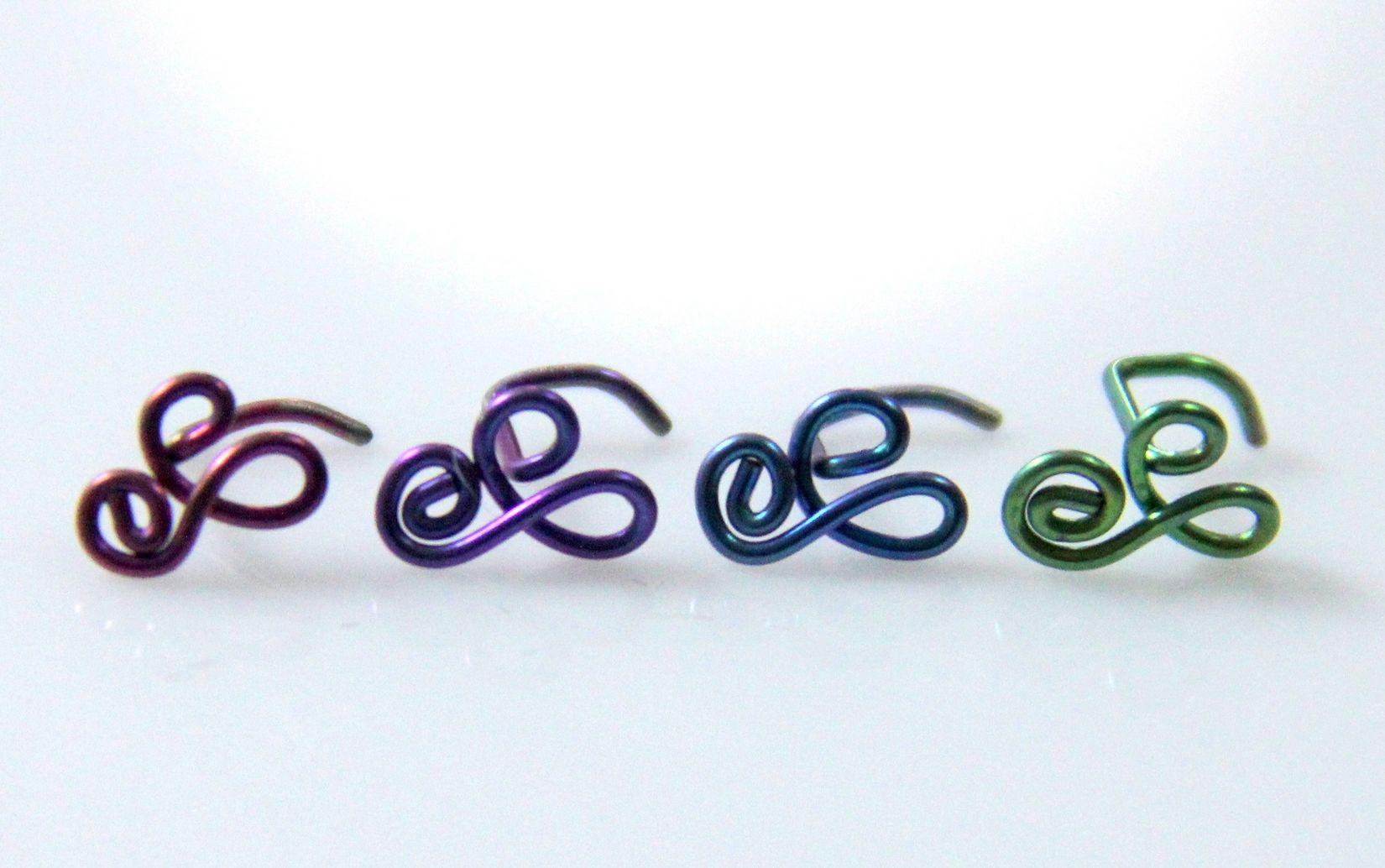 Loop Swoop Nose Ring