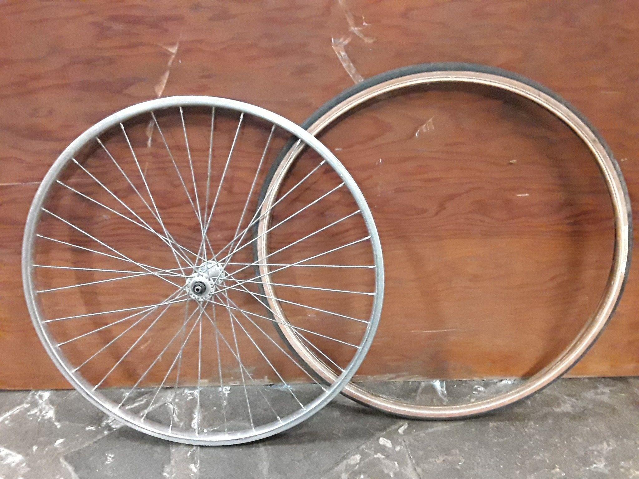 Weinmann 520 Alliage Vélo Rim 24 x 1 3//8 en 36 h Argent WR 50