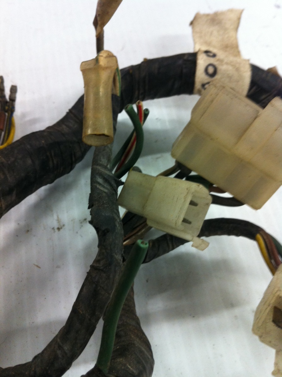 gl1000 wiring harness 1975 77 honda gl1000 goldwing main wiring harness loom  1975 77 honda gl1000 goldwing main