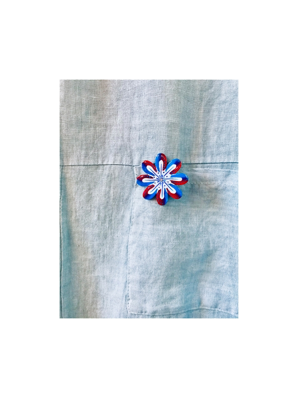 Flower brooch - plum and bright blue